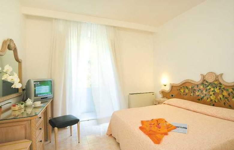Parco Smeraldo - Room - 4