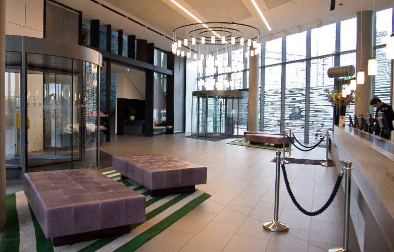 DoubleTree by Hilton Amsterdam Centraal Station - General - 17