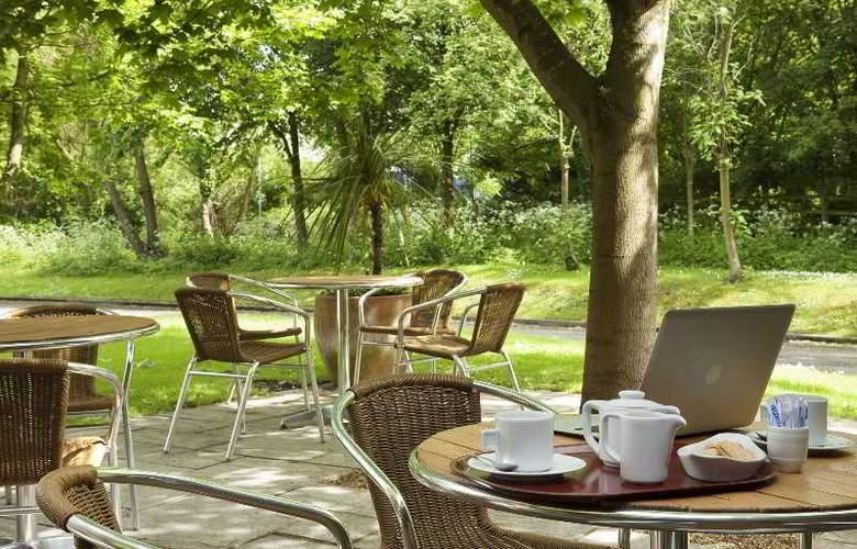 Campanile Swindon - Hotel - 11