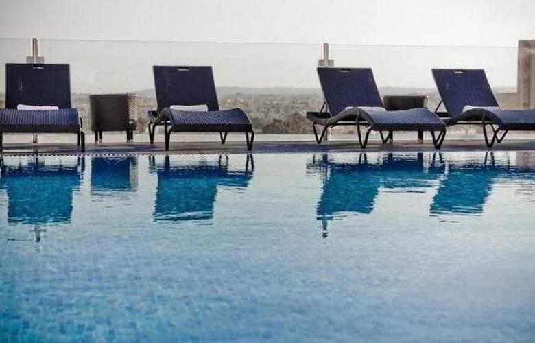 Rocca Nettuno Suites - Pool - 8