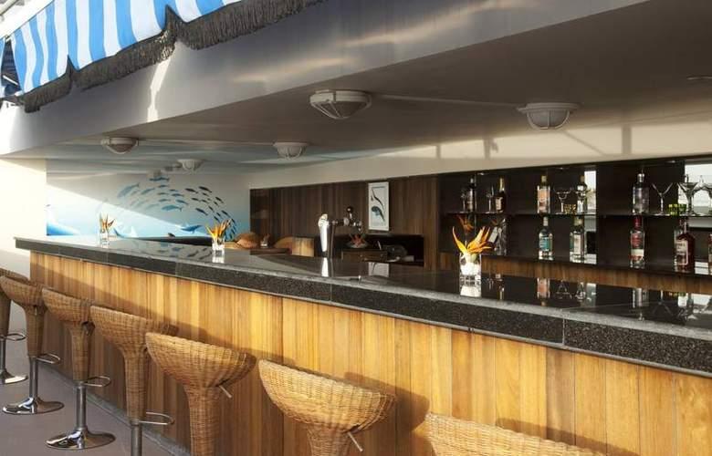 Holiday Inn Dubai Al Barsha - Bar - 4