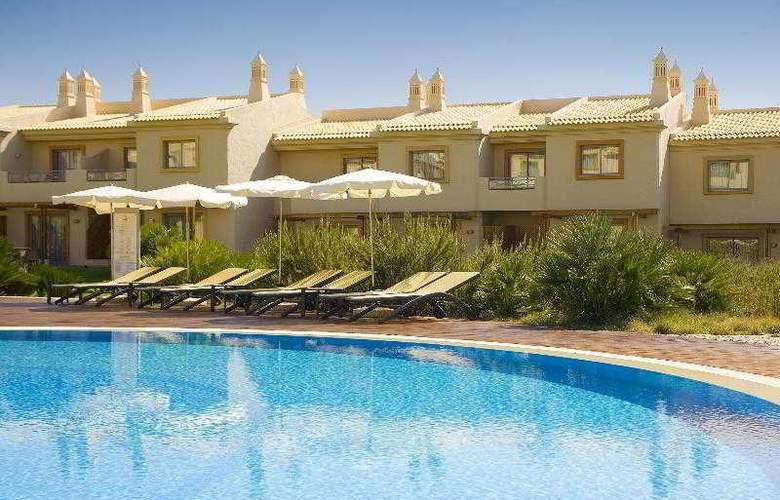 Grande Real Santa Eulalia Resort & Hotel Spa - Pool - 15