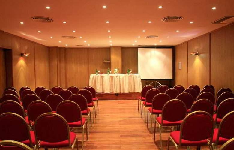 Conte - Conference - 10