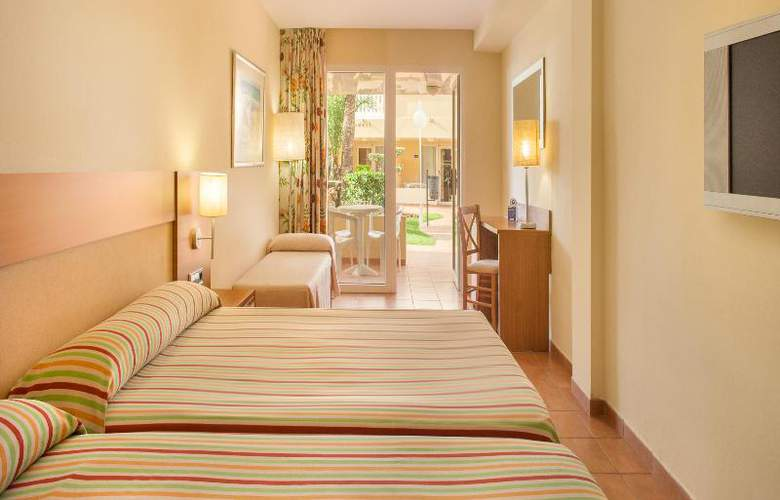 RH Casablanca Suites - Room - 11
