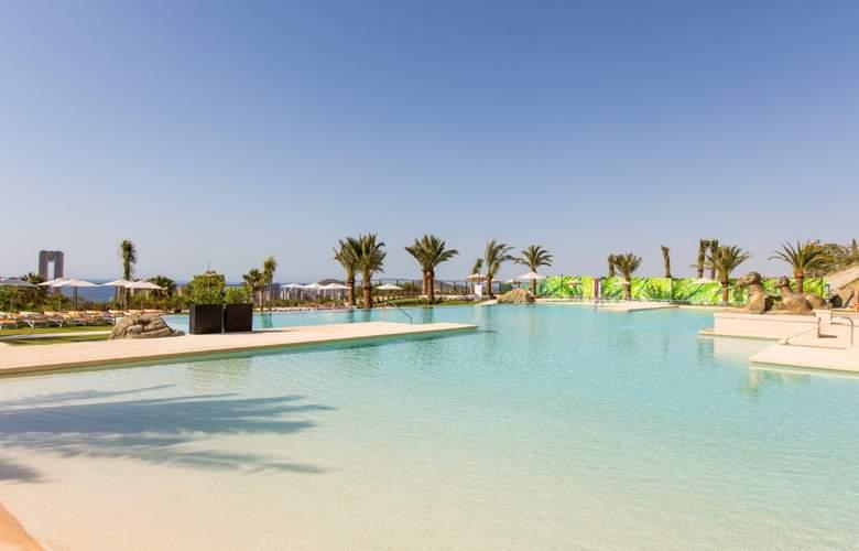 Grand Luxor - Pool - 3