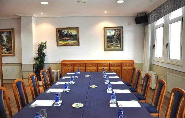 Crunia - Conference - 34