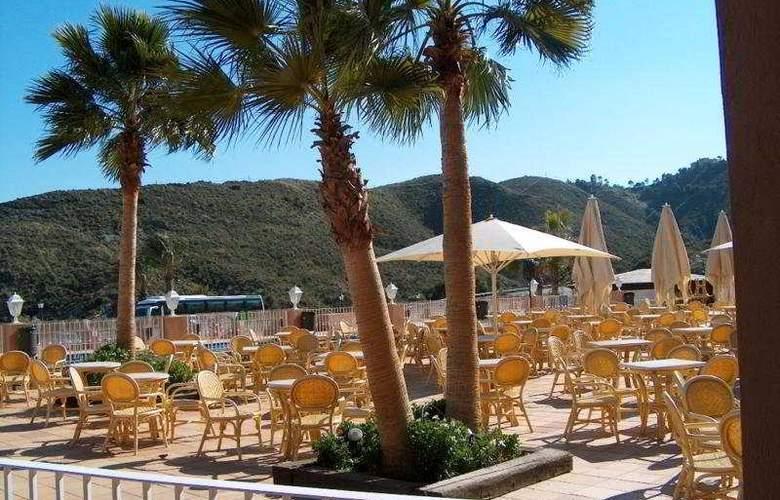 Suite Hotel Puerto Marina - Terrace - 3