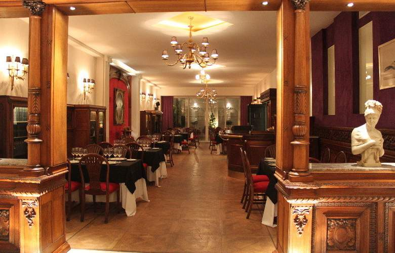 Club Frances - Restaurant - 6