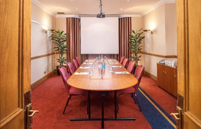 Corus Hyde Park - Conference - 5
