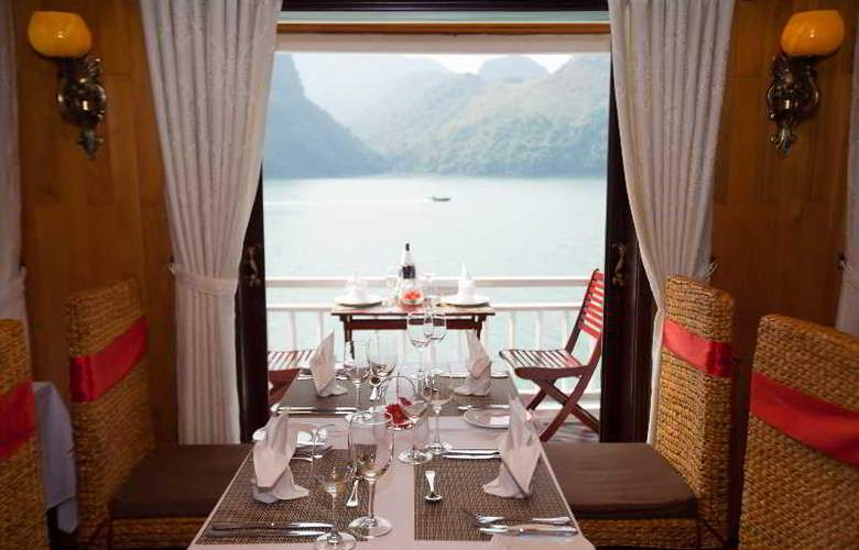 Aphrodite Cruises - Restaurant - 25