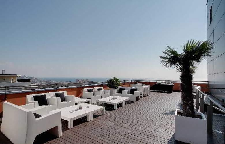 Rafael Hoteles Badalona - Terrace - 45