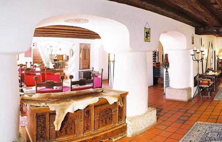 Schlosshotel Rosenegg - Restaurant - 12