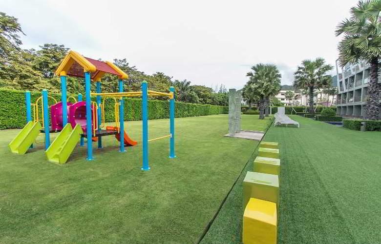 Sugar Palm Karon Resort - Pool - 23