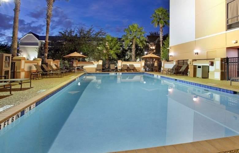 Hyatt Place Orlando Universal - Pool - 13