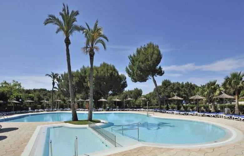 Globales Mediterrani - Pool - 4