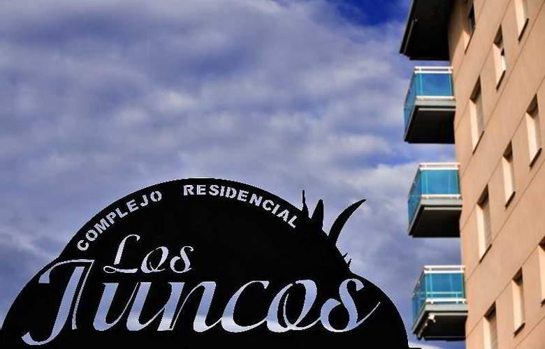 Los Juncos de Pineda Park - Hotel - 0