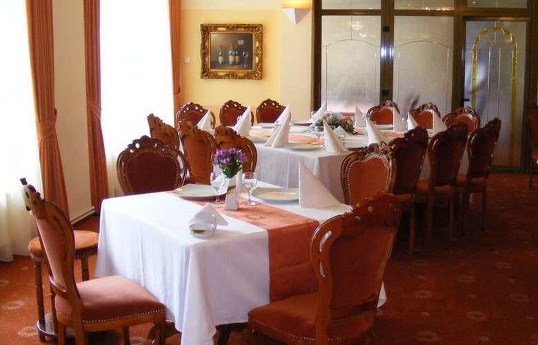 Best Western Silva - Restaurant - 4