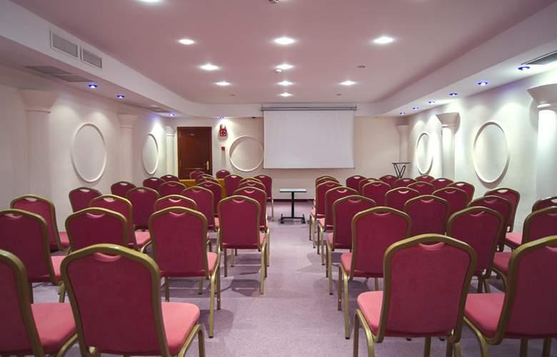 Sirenis Hotel Club Goleta & Spa - Conference - 33