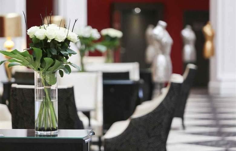 Le Regina Biarritz Hotel & Spa - Bar - 58