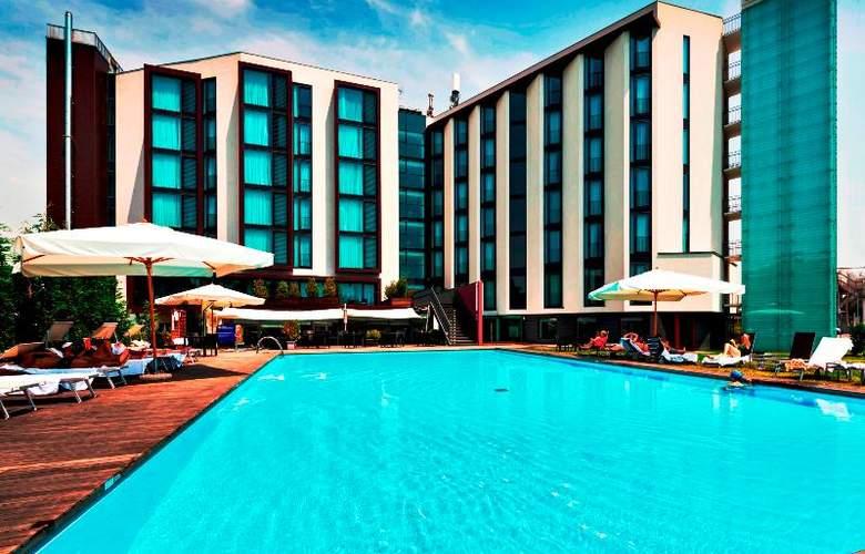 Hilton Garden Inn Venice Mestre San Giuliano - Pool - 15