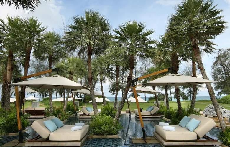Anantara Mai Khao Phuket Villas - Terrace - 13