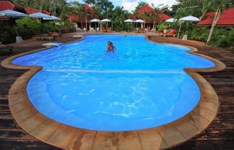Green View Village Resort - Pool - 2