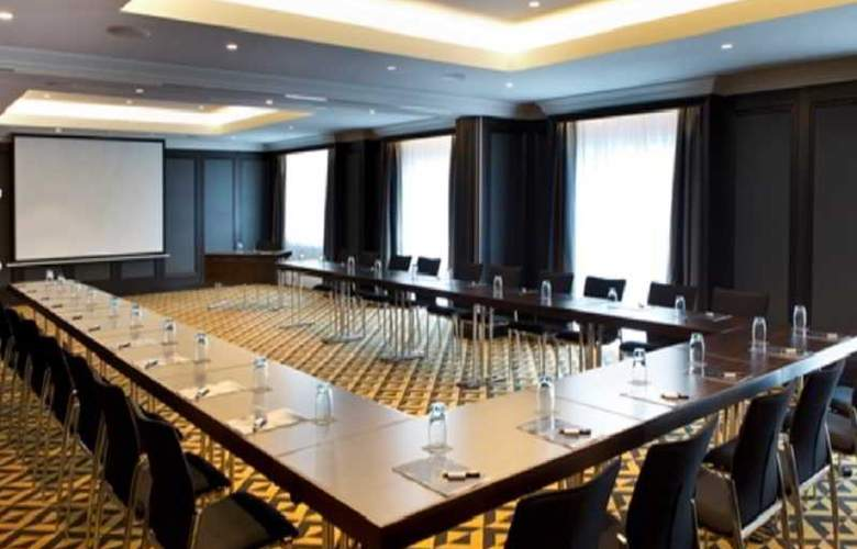 Hilton Vienna Plaza - Conference - 12