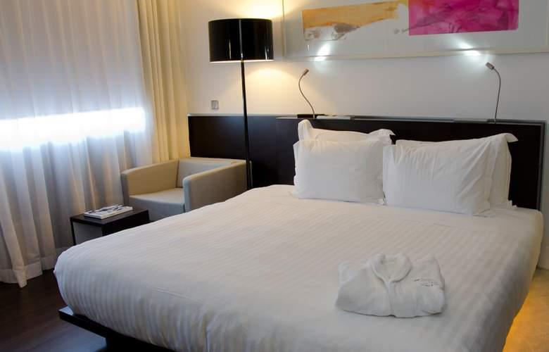 VIP Grand Lisboa - Room - 16