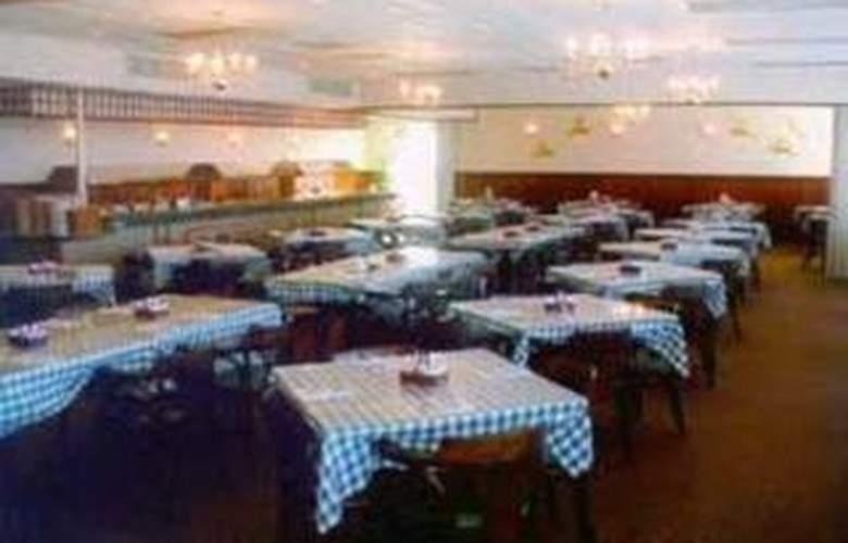 Quality Inn (Carterville) - Restaurant - 6