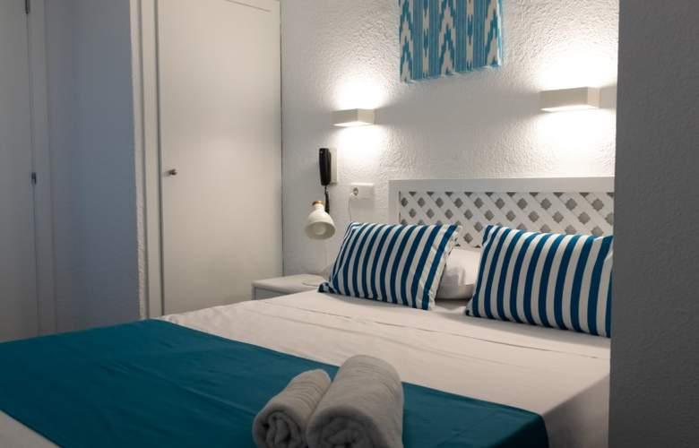 Blue Sea Mediodía - Room - 8