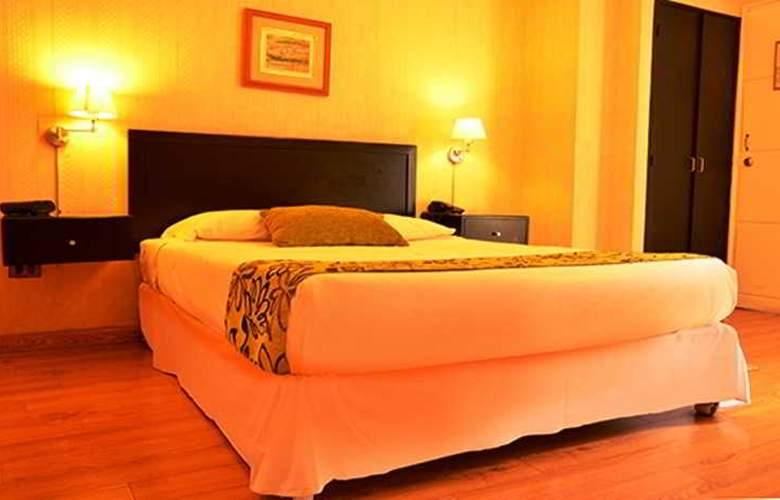 Basadre Suites - Room - 9