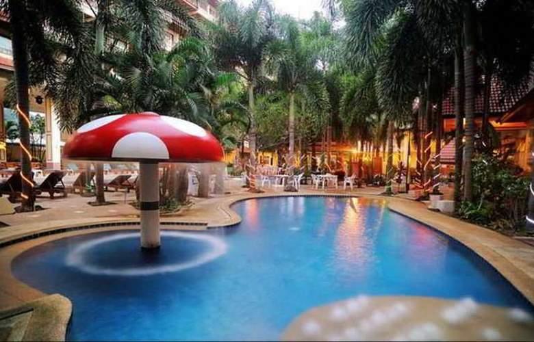 Baumanburi - Pool - 11