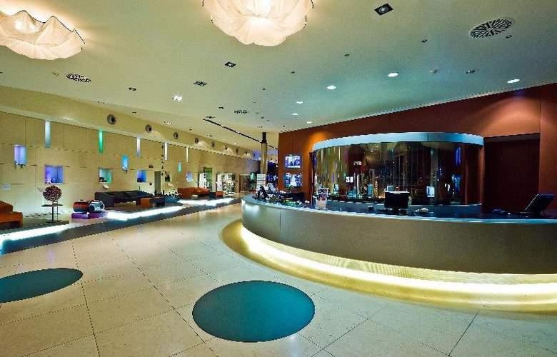 T Hotel - General - 8