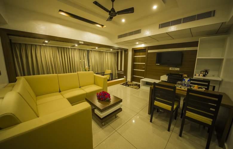 The Renai Cochin - Room - 9