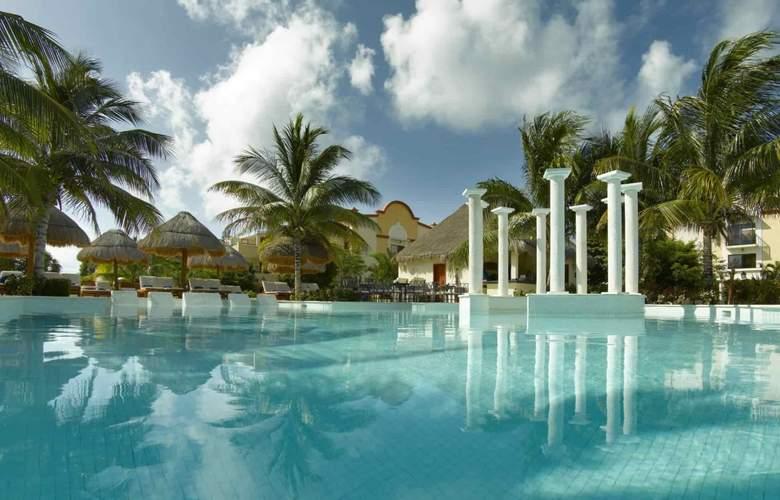 Grand Palladium Colonial Resort & Spa - Pool - 22