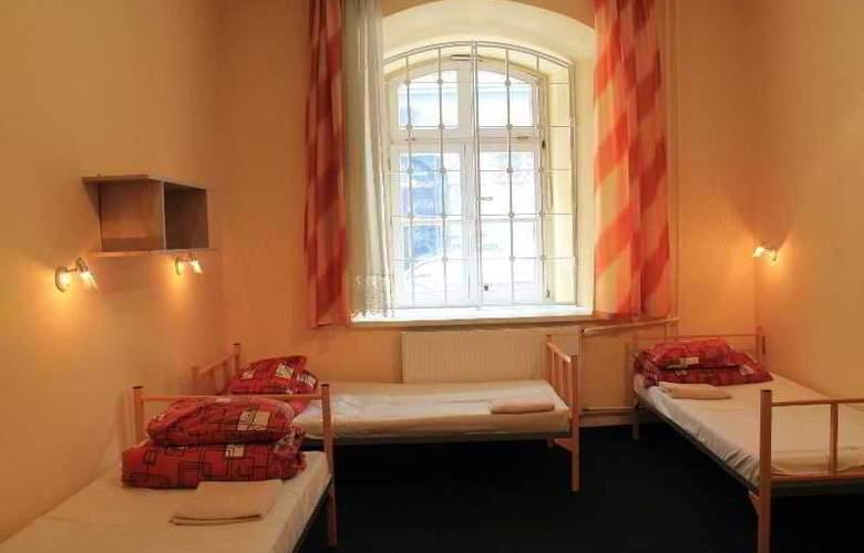 City Hostel - Room - 1