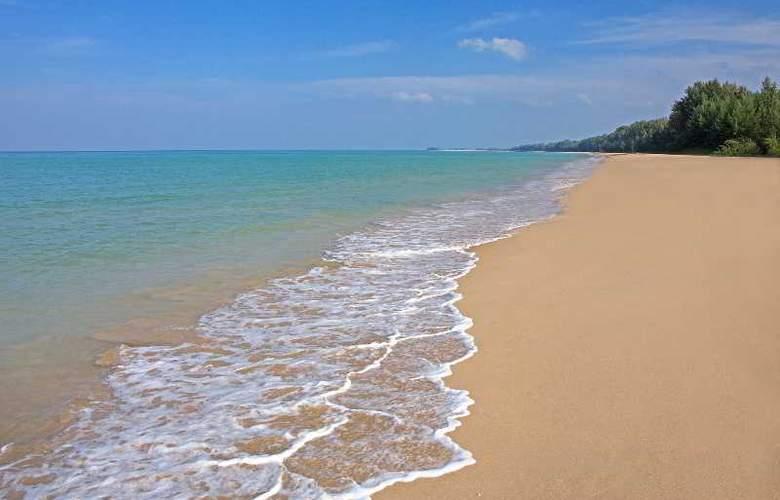 Manathai Khao Lak - Beach - 4