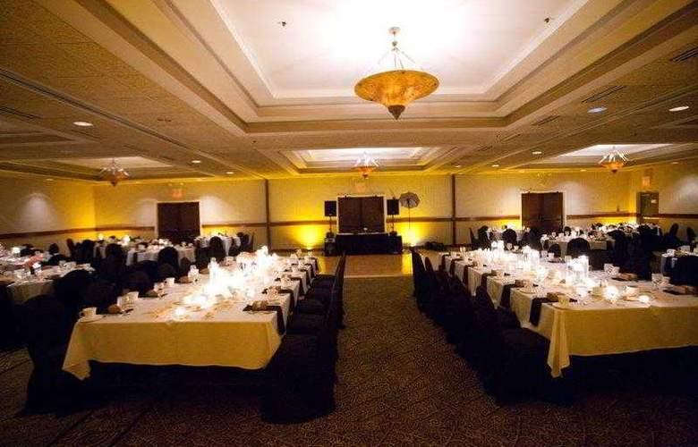 Best Western Premier Nicollet Inn - Restaurant - 55