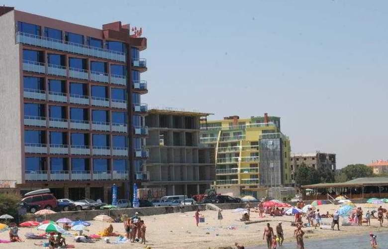 Sunny Bay - Beach - 5