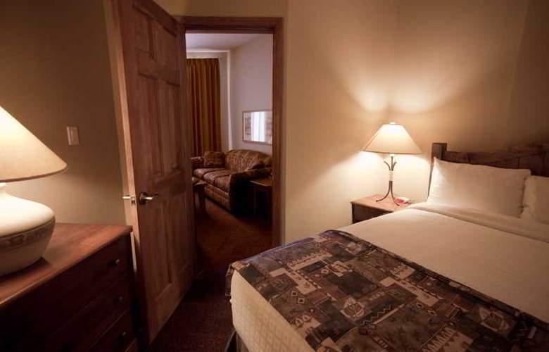Nancy Greene's Cahilty Lodge - Room - 10