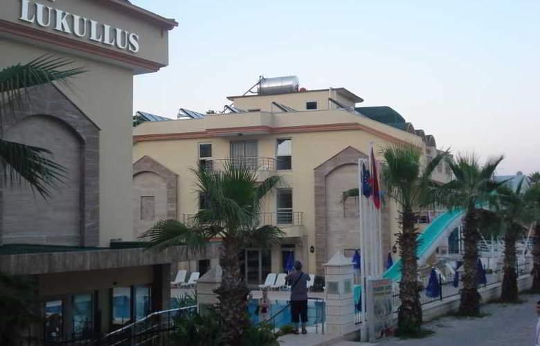 Grand Lukullus Hotel - Hotel - 0