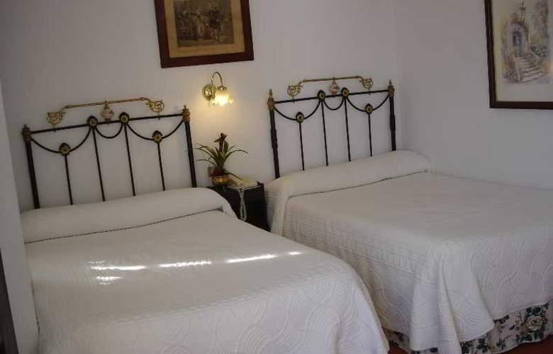 Santillana - Room - 5