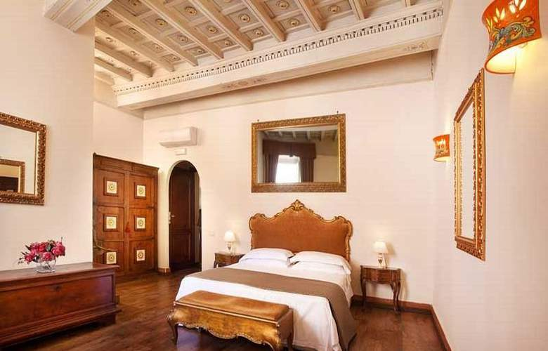 Pantheon Inn - Room - 6