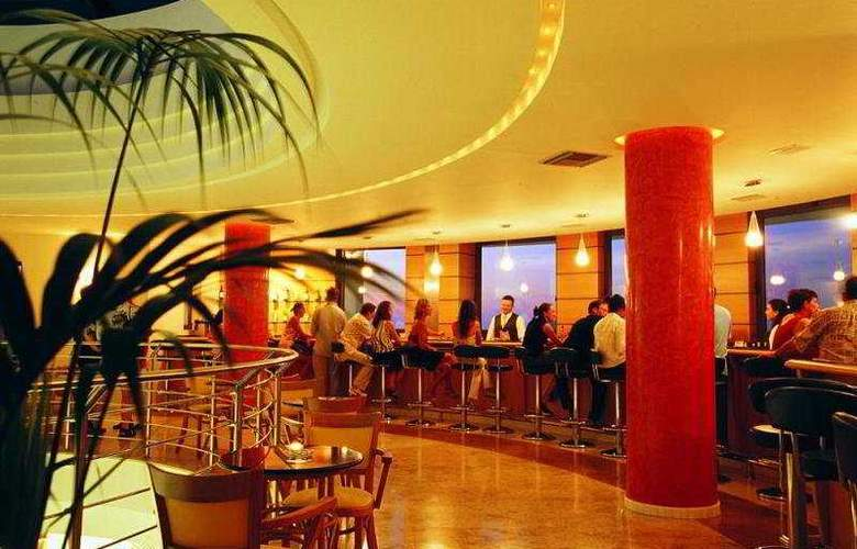 Grand Hotel Holiday Resort - Bar - 9