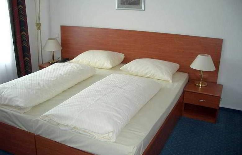 Bayerischer Hof - Room - 2