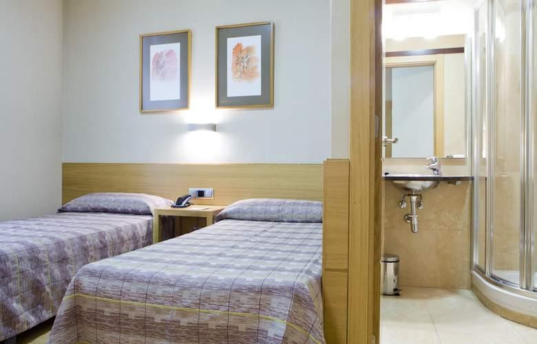 Hostal El Pasaje - Room - 15