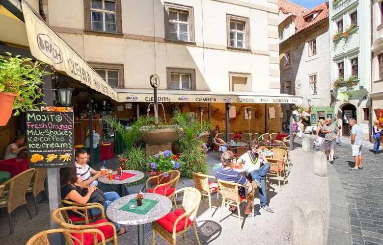 Clementin Old Town - Restaurant - 18