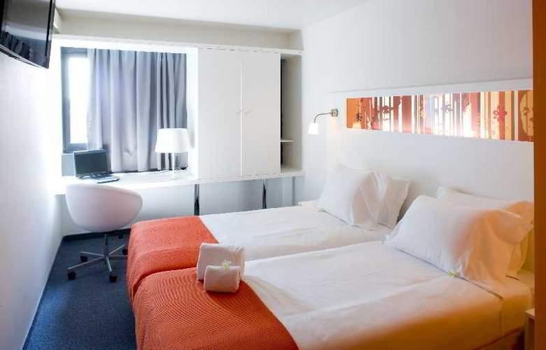 Star Inn Porto - Room - 2