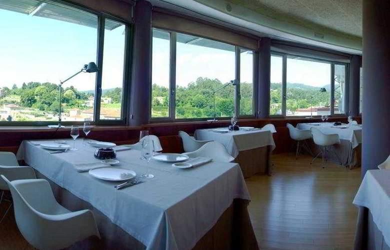 Colon Tuy - Restaurant - 12