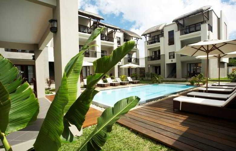 Grand Baie Suites - Hotel - 0